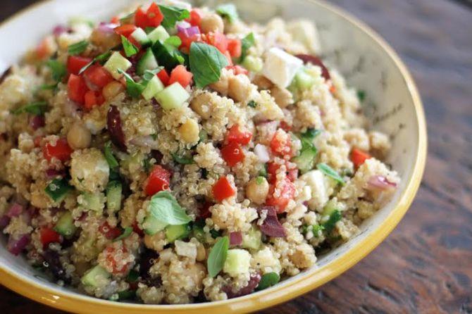 Mediterranean-Quinoa-Salad-with-Ground-Turkey